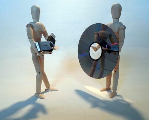 CD und USB-Stick