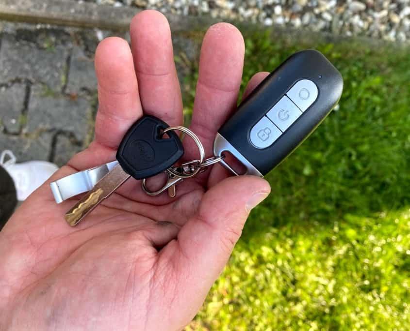 Govecs Elmoto Kick Unboxing Schlüssel