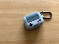 Elago AW5: Verwandelt deine Apple AirPods Pro in einen Nintendo Game Boy